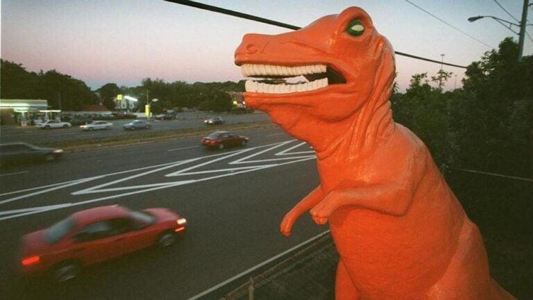 Orange dinosaur, Saugus