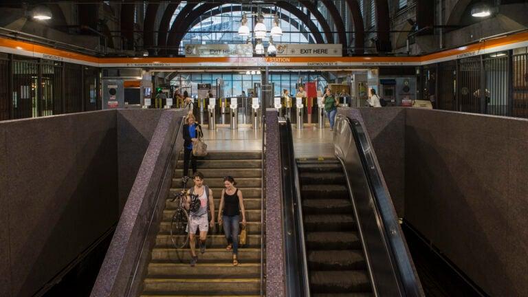 9 injured in escalator malfunction at Back Bay MBTA station