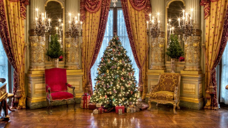 The Newport Mansions Christmas