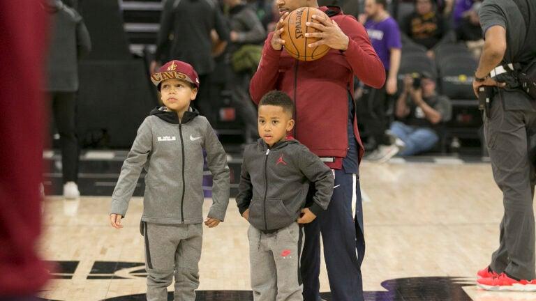 Isaiah Thomas Cleveland Cavaliers