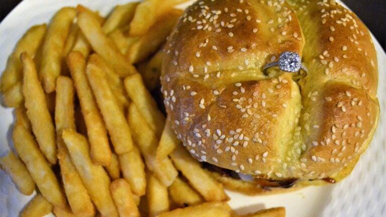 Pauli's burger diamond ring