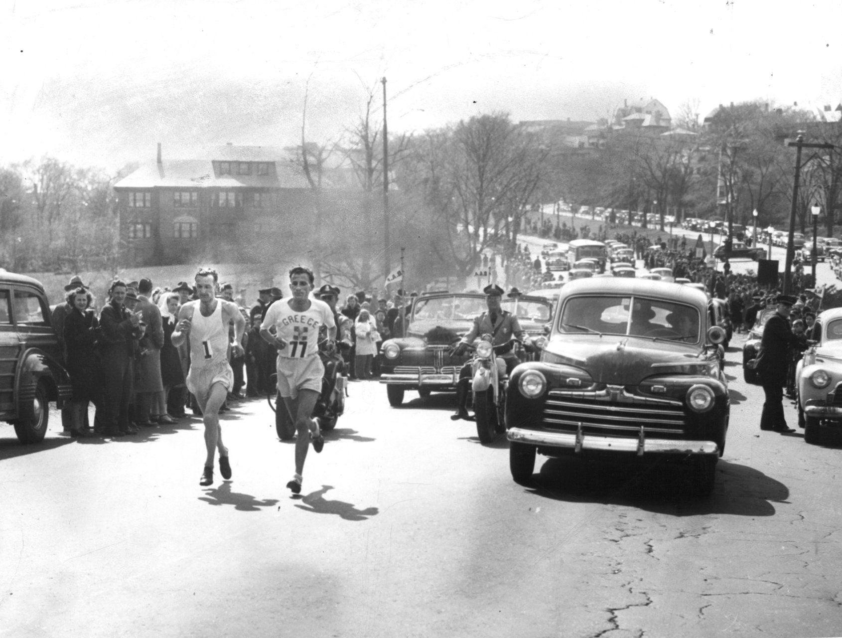 Stylianos Kyriakides and John A. Kelley running the 1946 Boston Marathon.