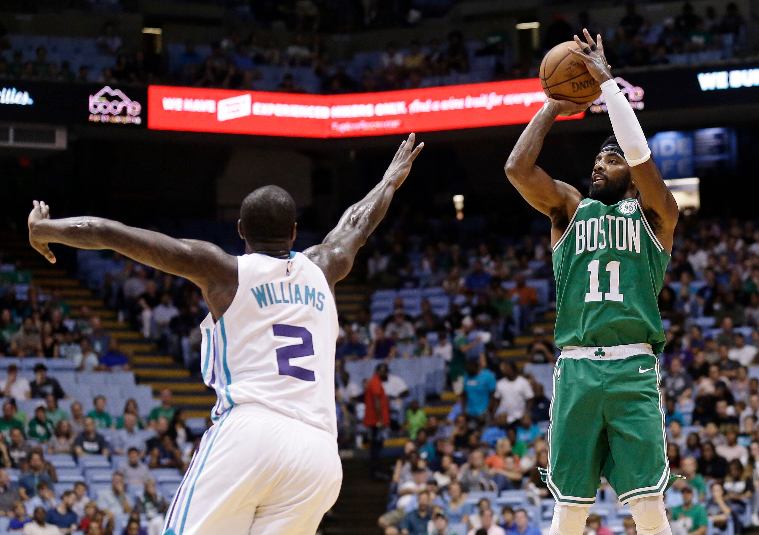 Kyrie Irving, Marvin Williams