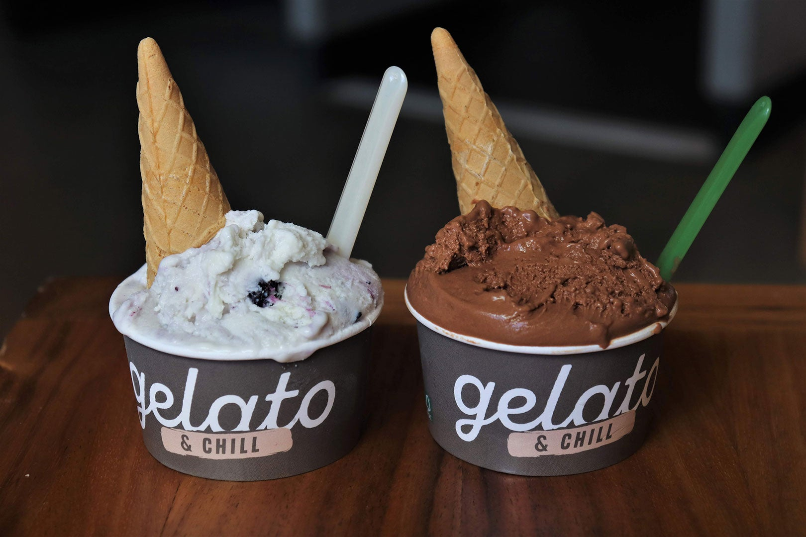 Gelato & Chill's ricotta with blueberries and cioccolato flavors at Time Out Market.