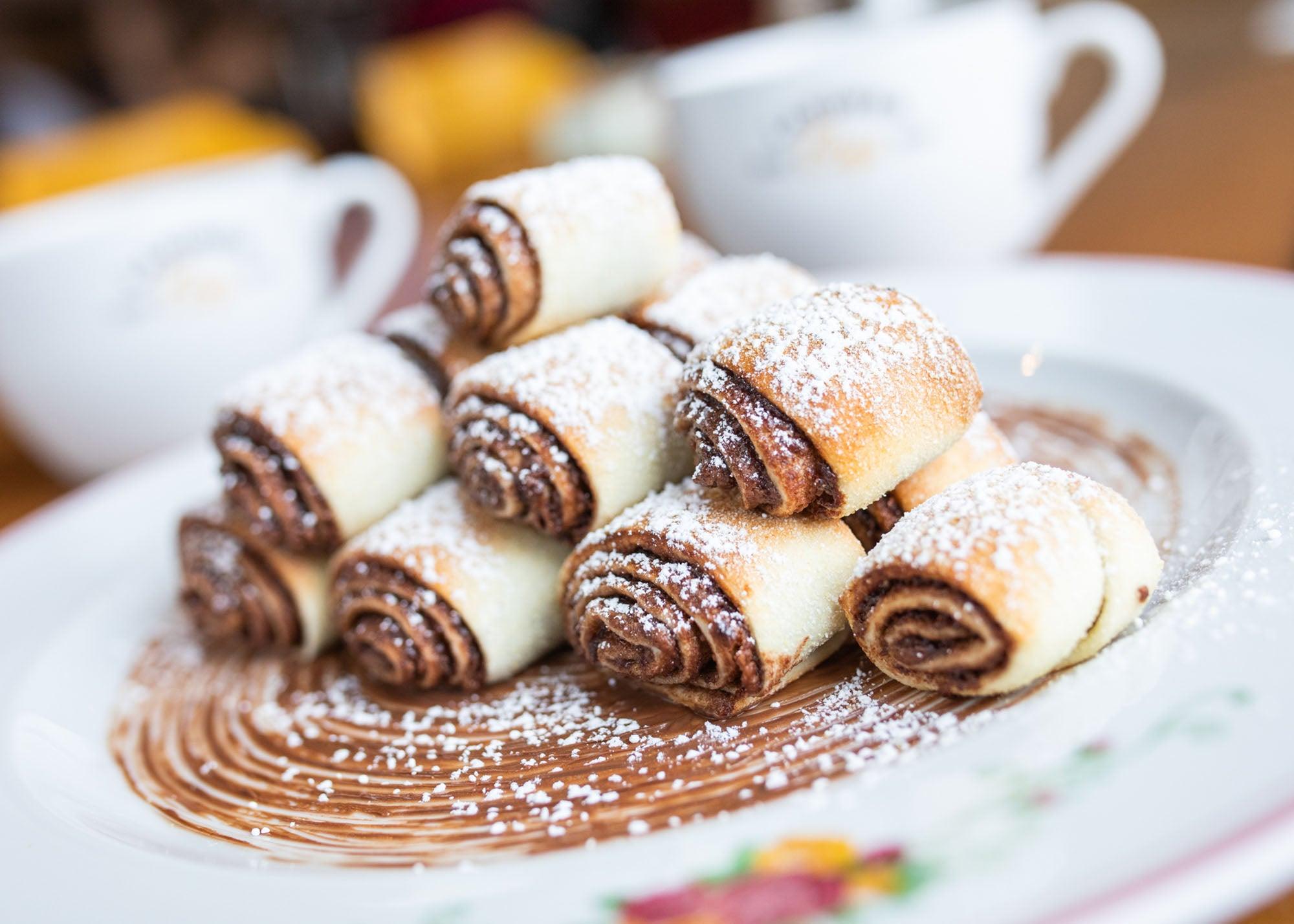 Nutella rozalach at Cafe Landwer