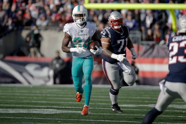 Former Patriots wide receiver Kenbrell Thompkins charged