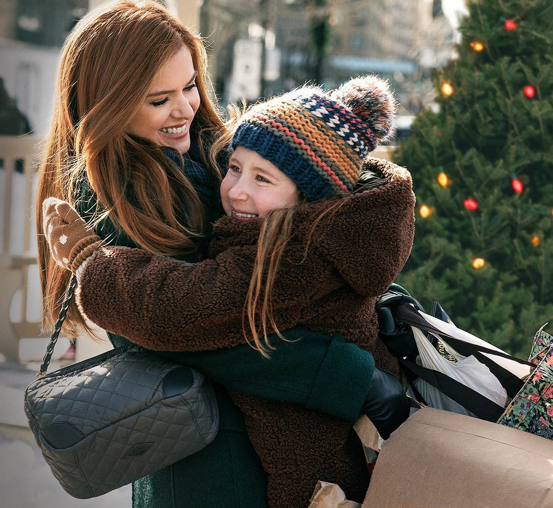 "Isla Fisher in ""Godmothered""."