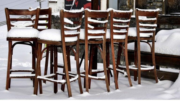 Restaurant in winter