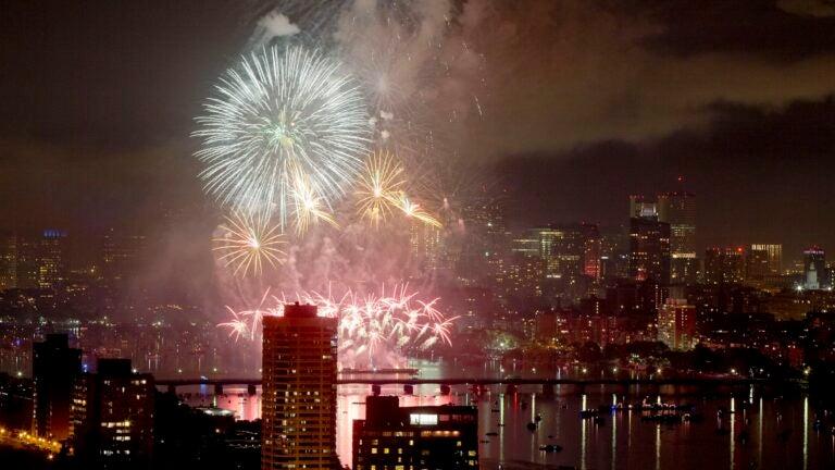 4th of july fireworks 2021 Massachusetts