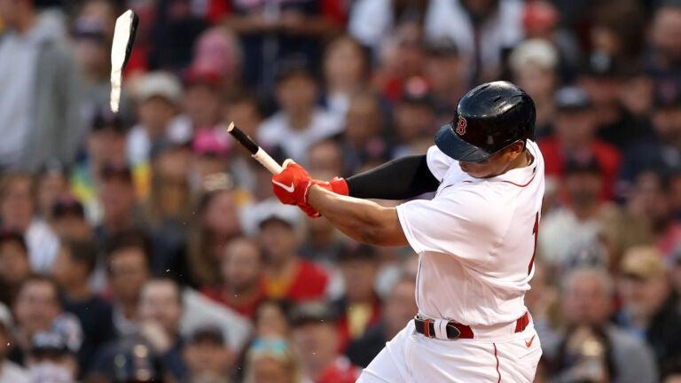 Rafael Devers broken bat
